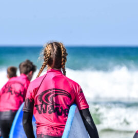 Waves Surf School Cornwall   Surf Lessons